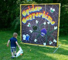 Spider Suppertime Interactive Carnival Frame Game