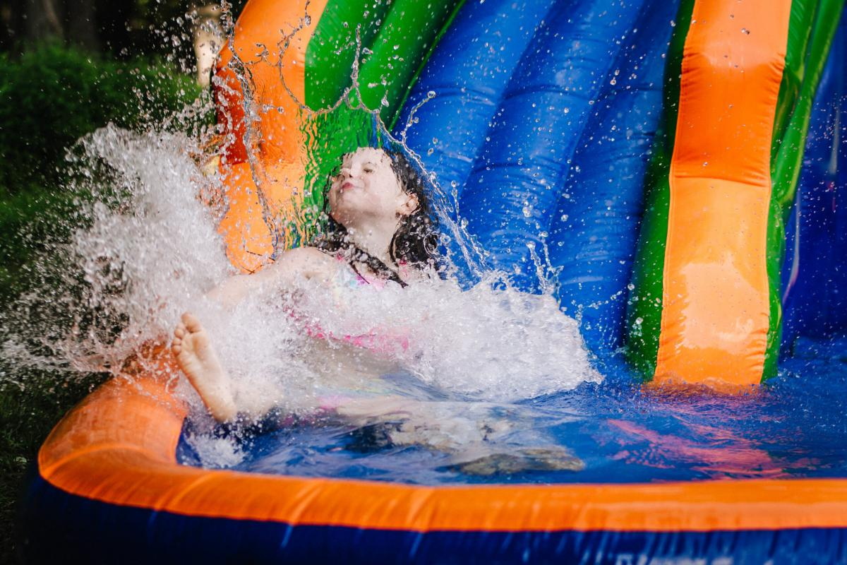 How to Choose the Perfect Inflatable Water Slide