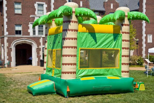 How Much Does a Bounce House Cost? What's a Fair Price?
